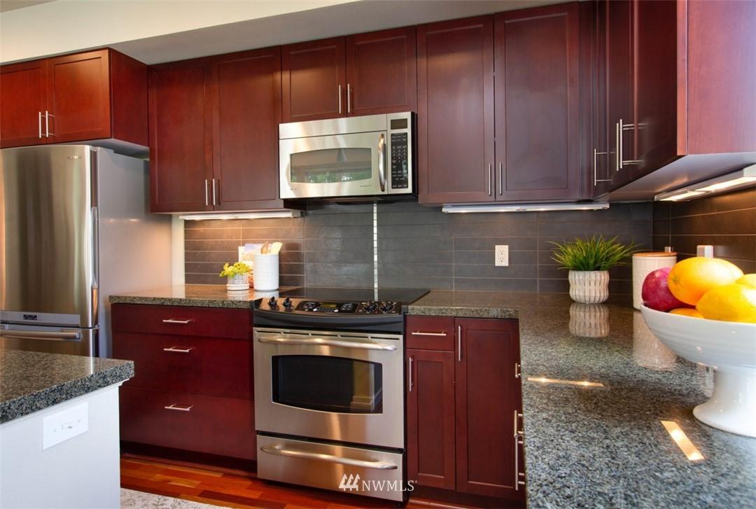 Sold Property | 180 Harbor Square Loop NE #B-222 Bainbridge Island, WA 98110 8
