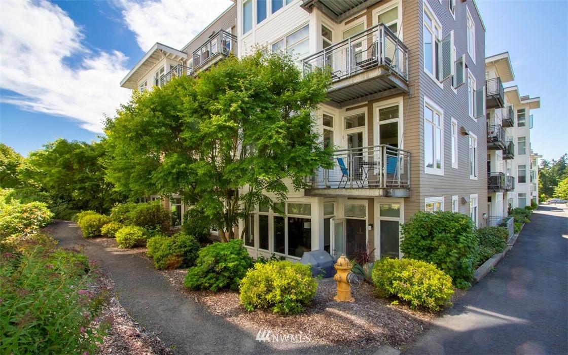 Sold Property | 180 Harbor Square Loop NE #B-222 Bainbridge Island, WA 98110 16