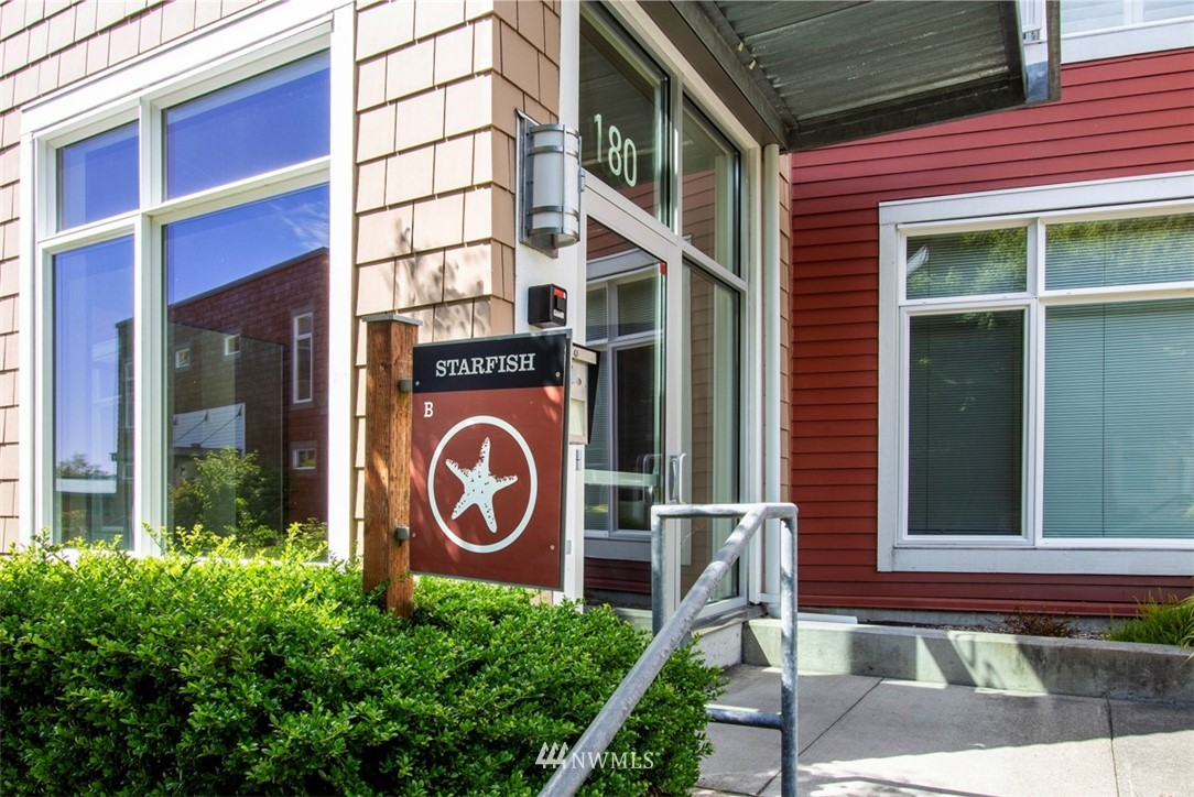 Sold Property | 180 Harbor Square Loop NE #B-222 Bainbridge Island, WA 98110 25