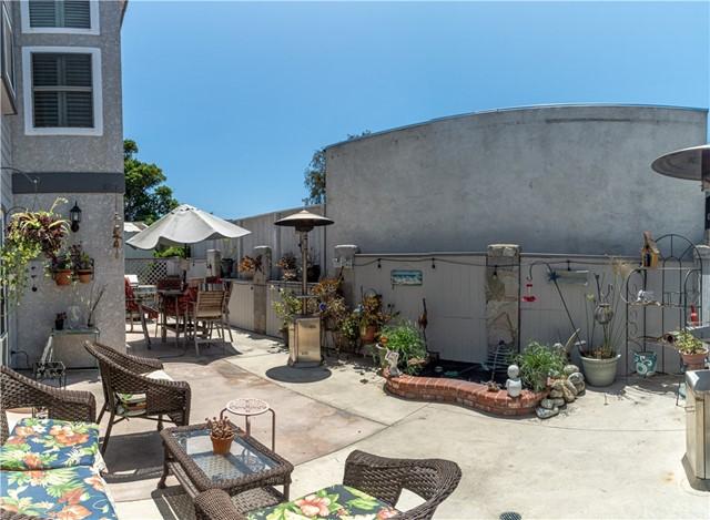 ActiveUnderContract   119 S Irena Avenue #B Redondo Beach, CA 90277 10