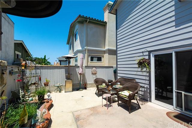 ActiveUnderContract   119 S Irena Avenue #B Redondo Beach, CA 90277 11