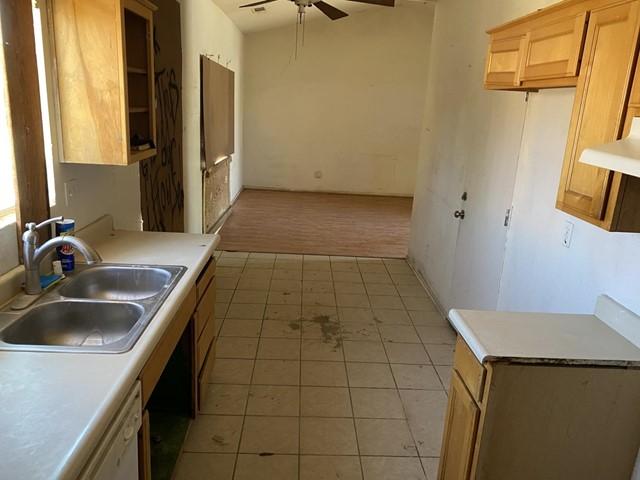 Closed   482 Winemaker Street Los Banos, CA 93635 1