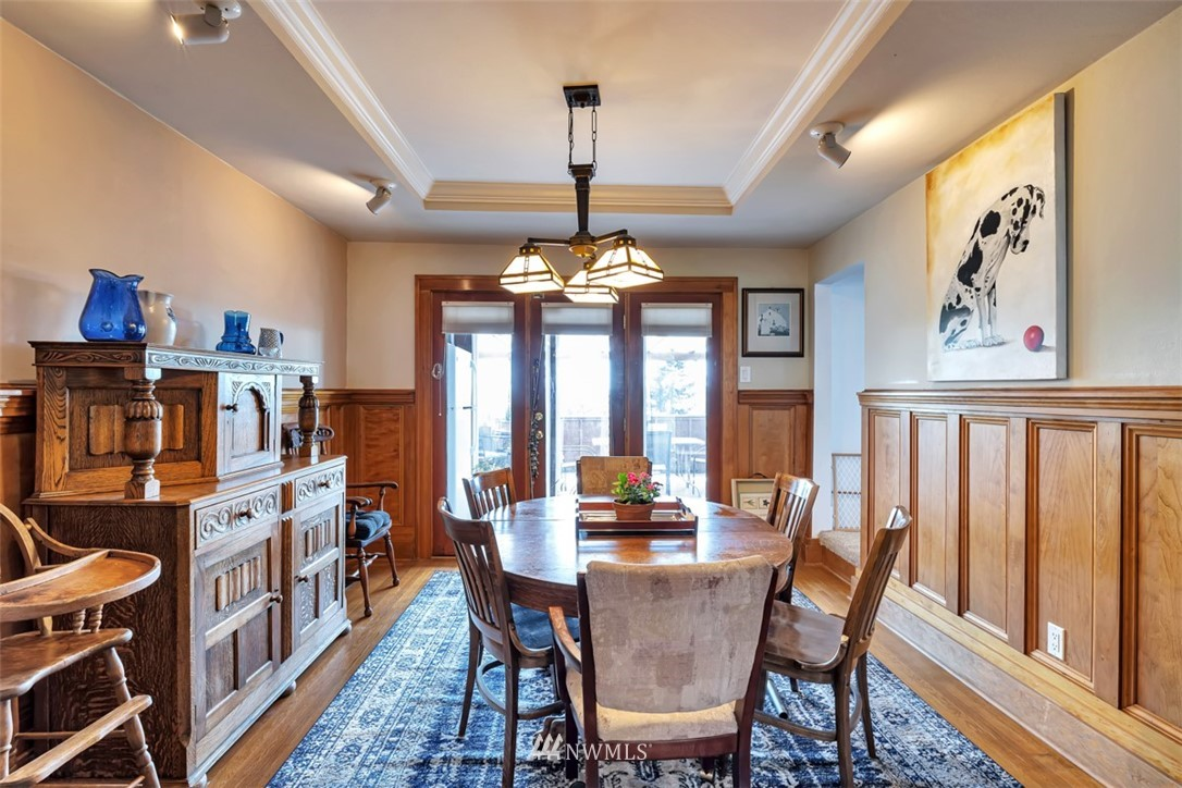 Sold Property | 621 NE 78th Street Seattle, WA 98115 6