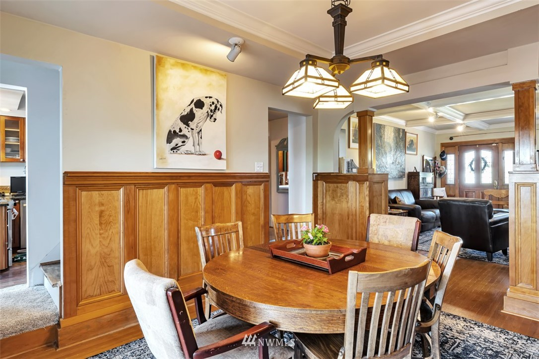Sold Property | 621 NE 78th Street Seattle, WA 98115 7