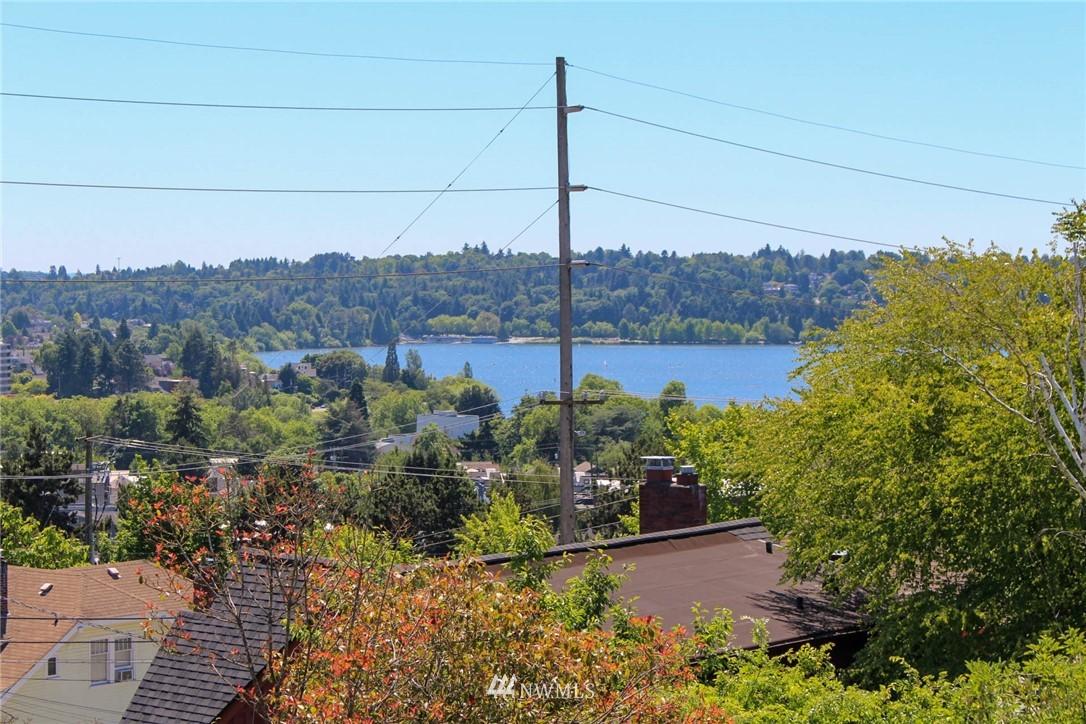 Sold Property | 621 NE 78th Street Seattle, WA 98115 13