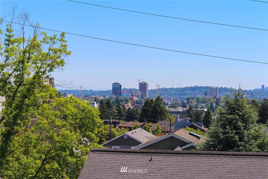 Sold Property | 621 NE 78th Street Seattle, WA 98115 15