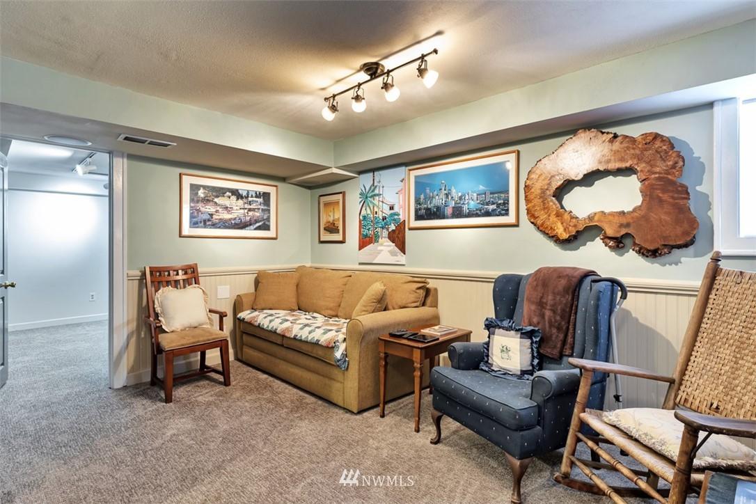 Sold Property | 621 NE 78th Street Seattle, WA 98115 25