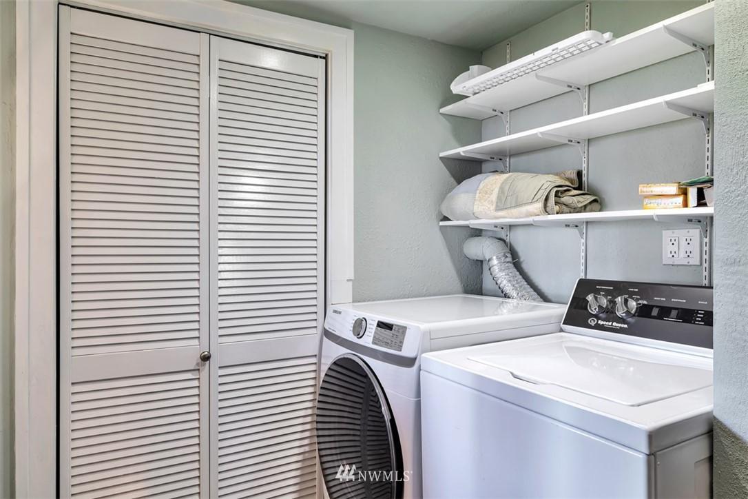 Sold Property | 621 NE 78th Street Seattle, WA 98115 29