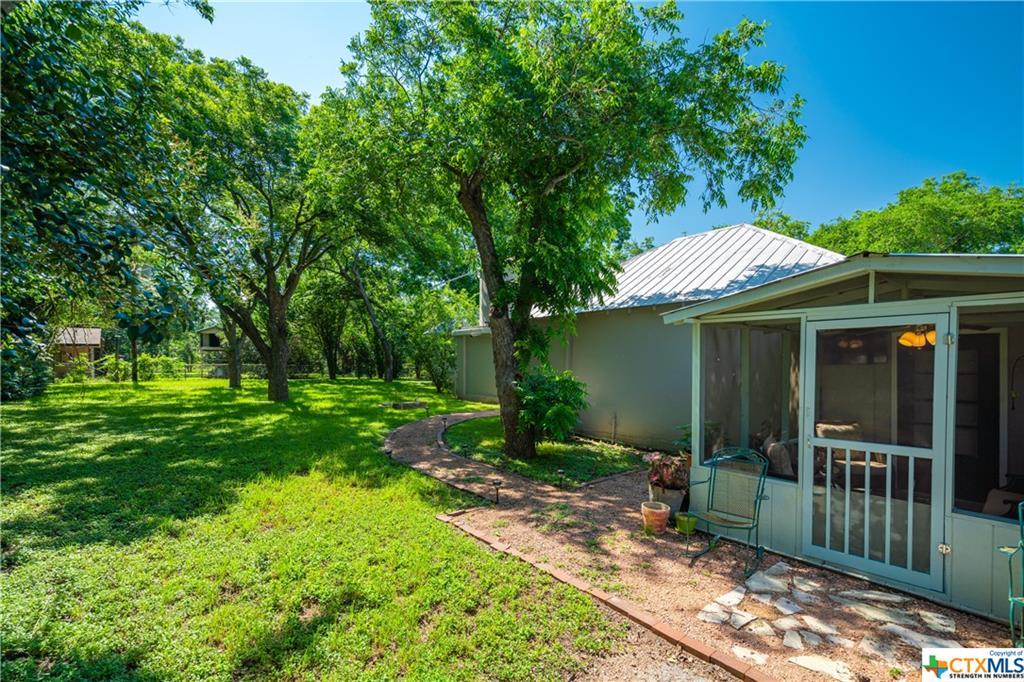 Active | 116 Idlewilde Boulevard Comfort, TX 78013 11