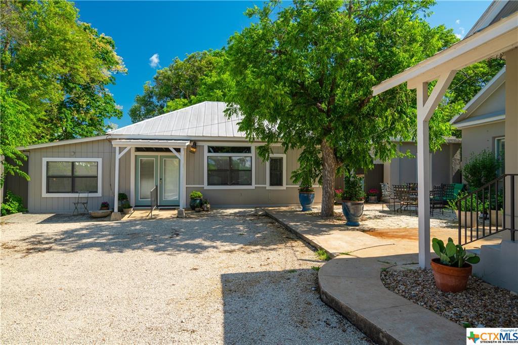 Active | 116 Idlewilde Boulevard Comfort, TX 78013 41