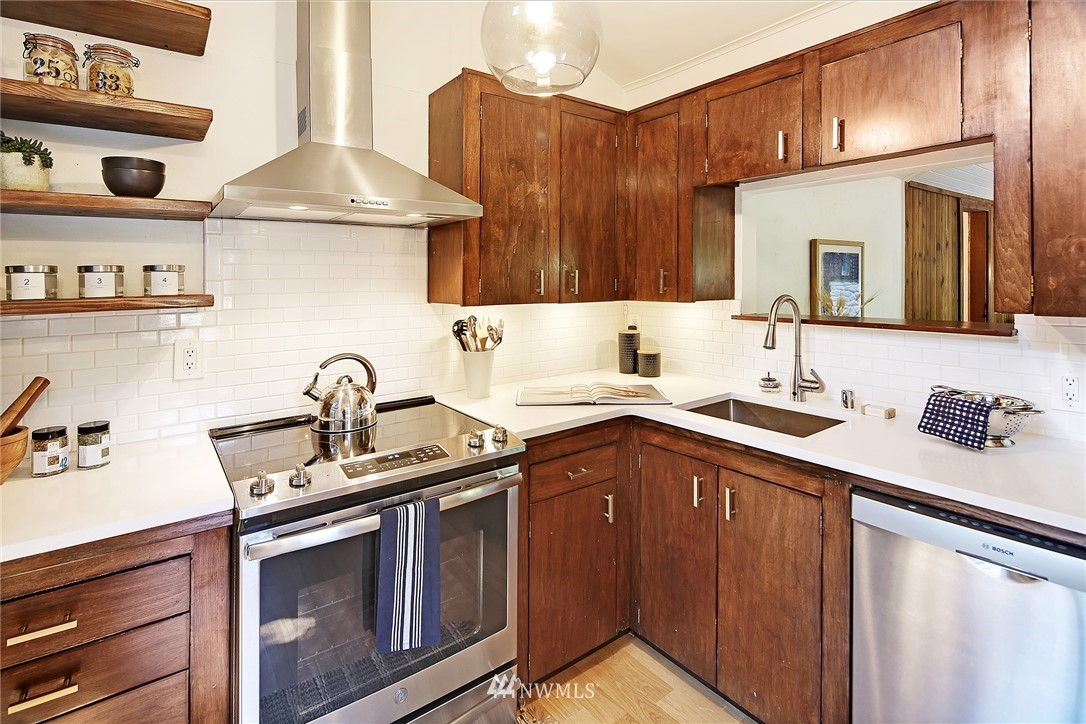 Sold Property   16207 81st Place NE Kenmore, WA 98028 9