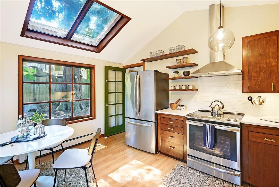Sold Property   16207 81st Place NE Kenmore, WA 98028 10