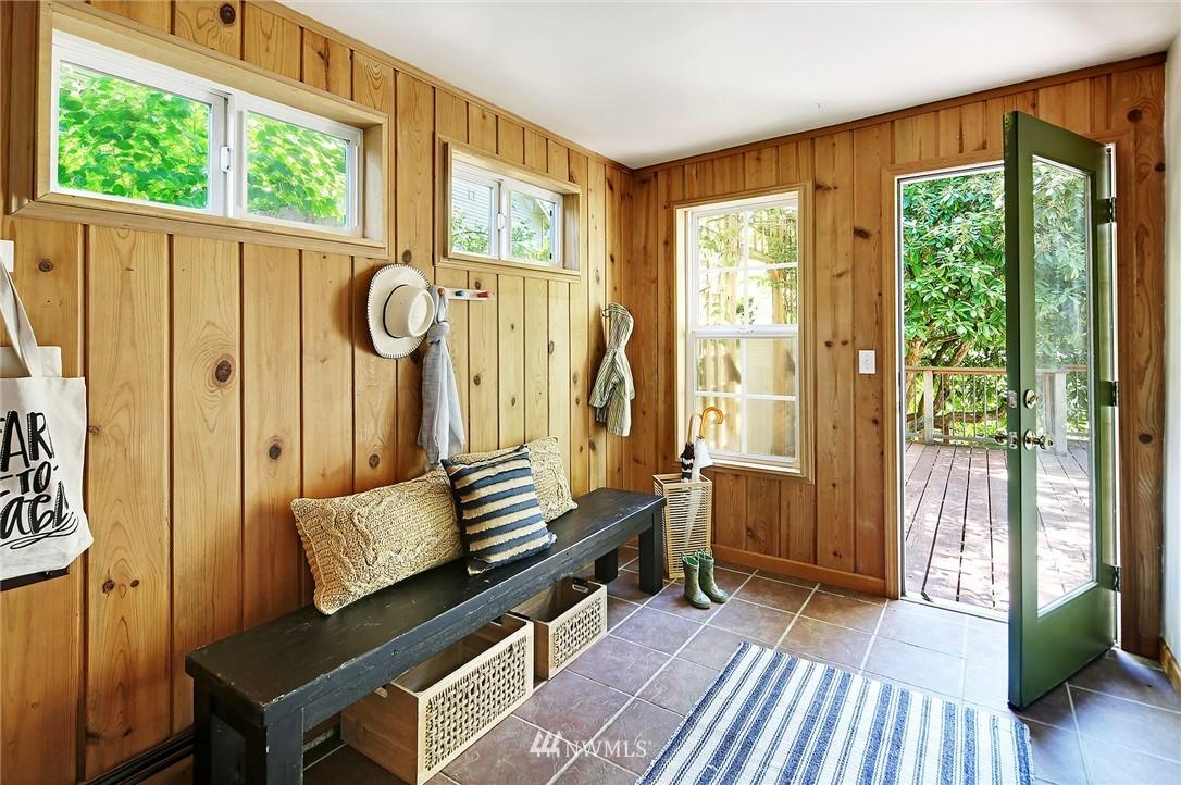 Sold Property   16207 81st Place NE Kenmore, WA 98028 11