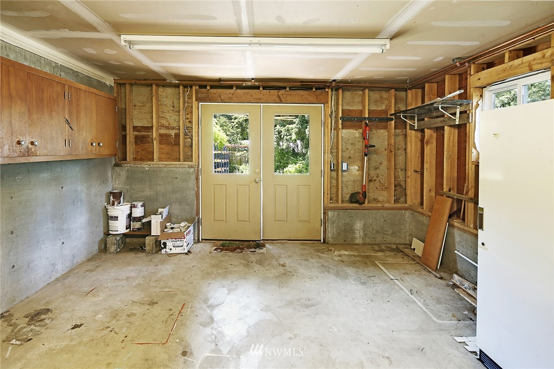 Sold Property   16207 81st Place NE Kenmore, WA 98028 24