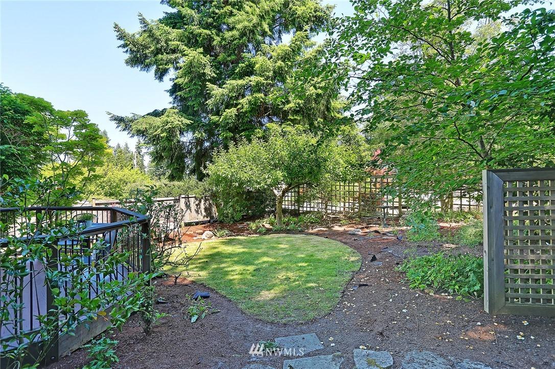 Sold Property   16207 81st Place NE Kenmore, WA 98028 26