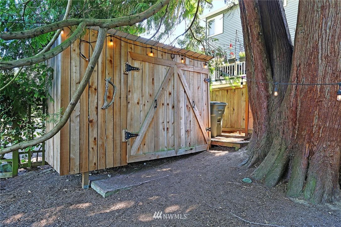 Sold Property   16207 81st Place NE Kenmore, WA 98028 27