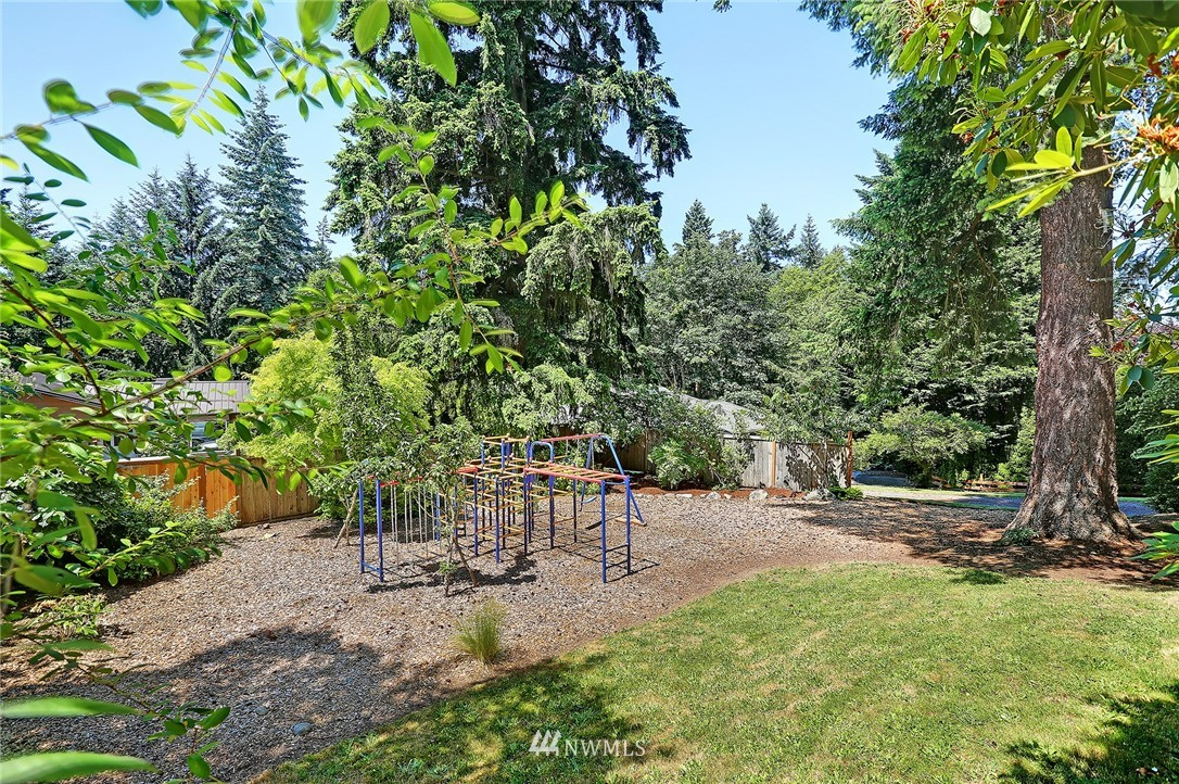 Sold Property   16207 81st Place NE Kenmore, WA 98028 28