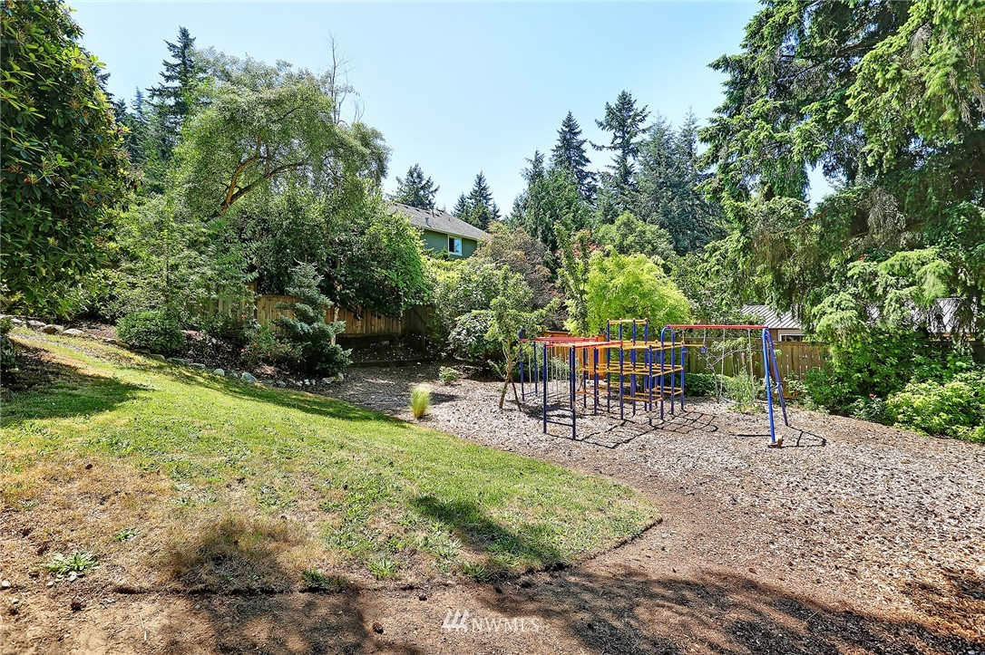 Sold Property   16207 81st Place NE Kenmore, WA 98028 29