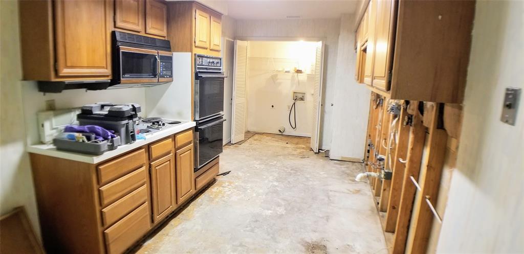 Sold Property | 9603 Glenacre Dallas, Texas 75243 7