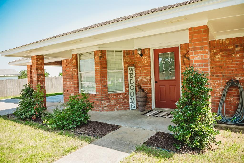 Pending | 108 Amy Court Collinsville, Texas 76233 3