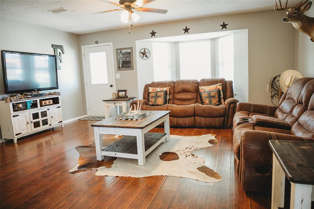 Pending | 108 Amy Court Collinsville, Texas 76233 5