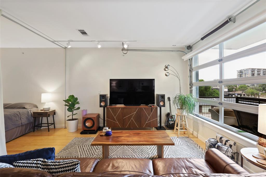Sold Property | 1111 S Akard Street #305 Dallas, Texas 75215 13