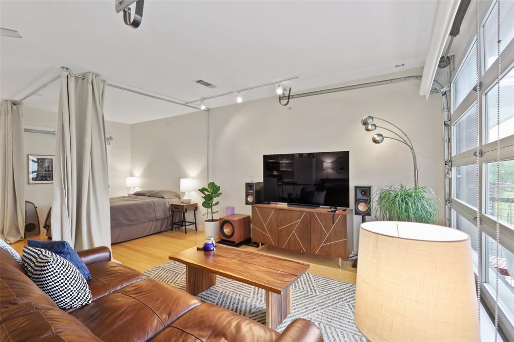 Sold Property | 1111 S Akard Street #305 Dallas, Texas 75215 15