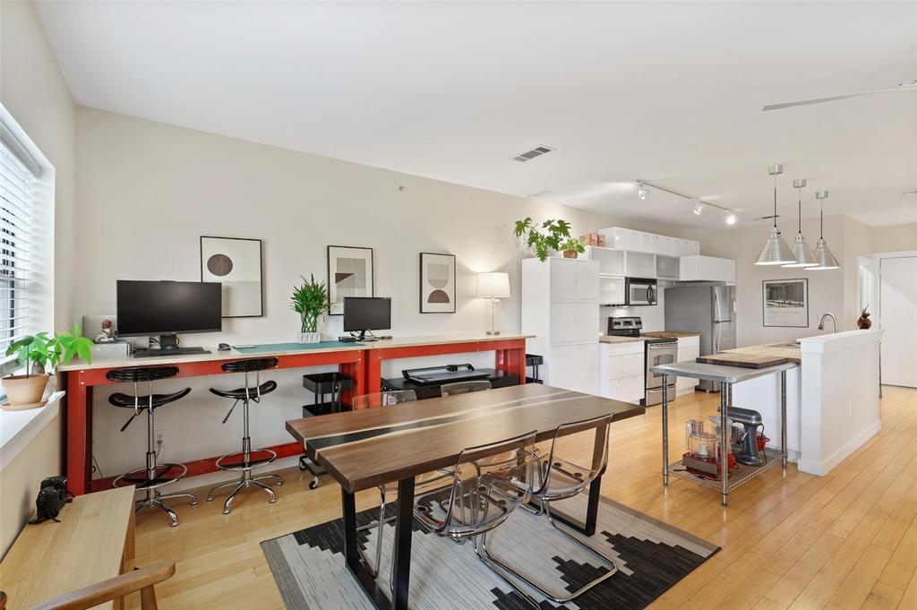 Sold Property | 1111 S Akard Street #305 Dallas, Texas 75215 4