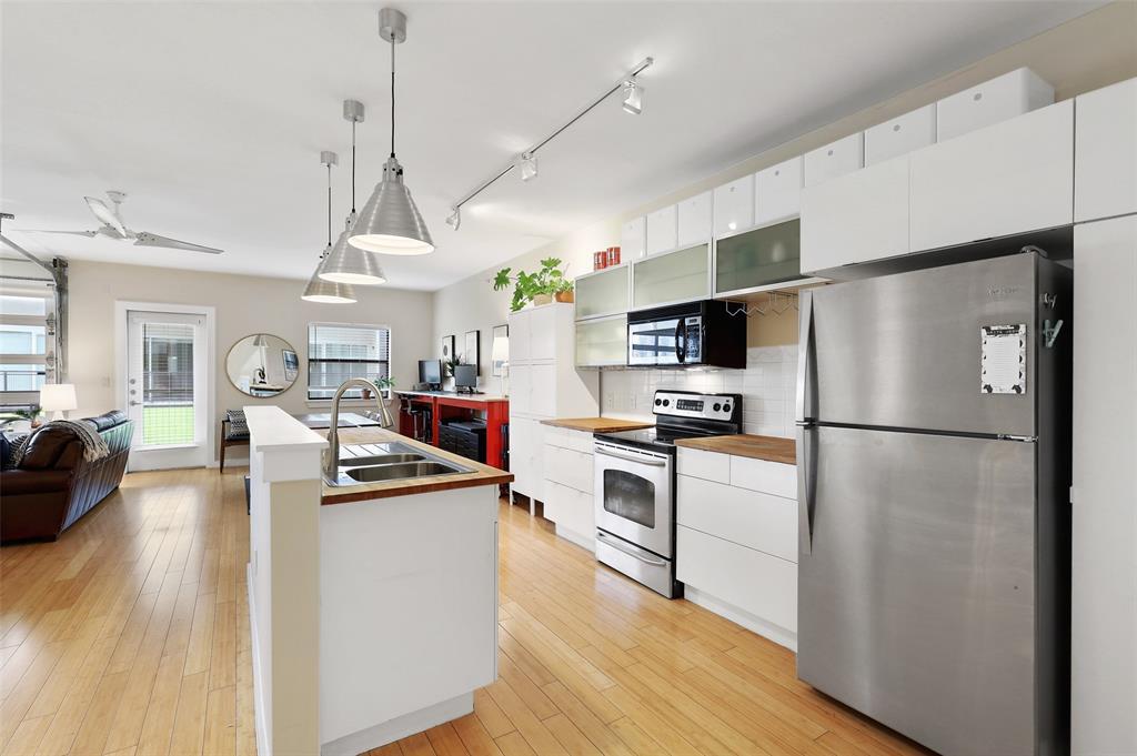 Sold Property | 1111 S Akard Street #305 Dallas, Texas 75215 6