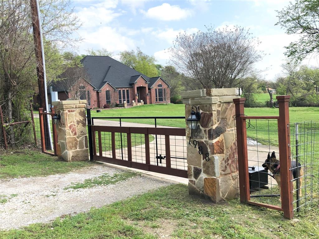 Sold Property | 7988 Slay Street Fort Worth, Texas 76135 2