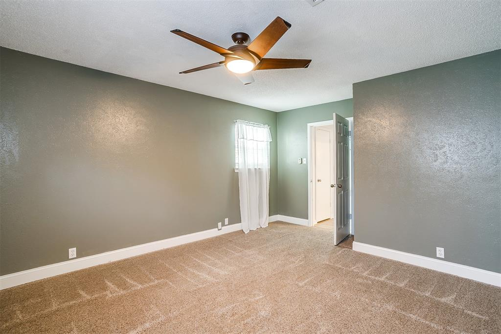 Pending | 1231 Crestwood Drive Cleburne, Texas 76033 27