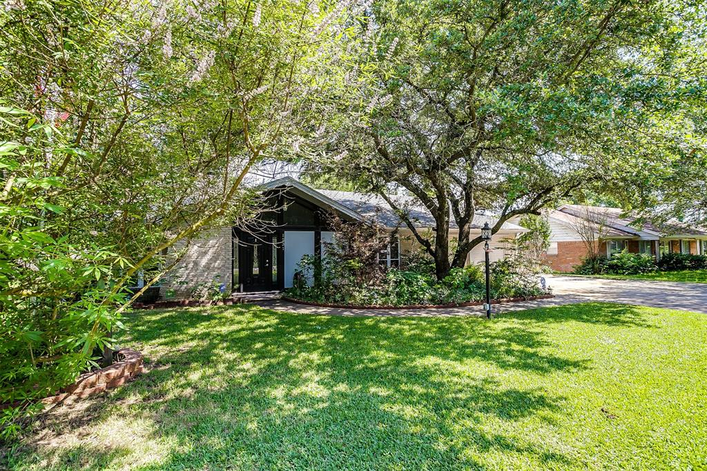 Pending | 1231 Crestwood Drive Cleburne, Texas 76033 4