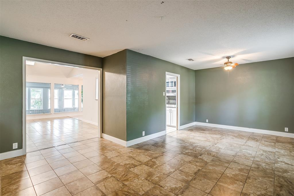 Pending | 1231 Crestwood Drive Cleburne, Texas 76033 6