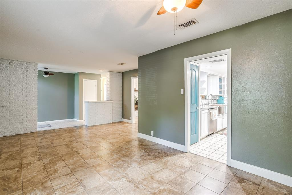 Pending | 1231 Crestwood Drive Cleburne, Texas 76033 7