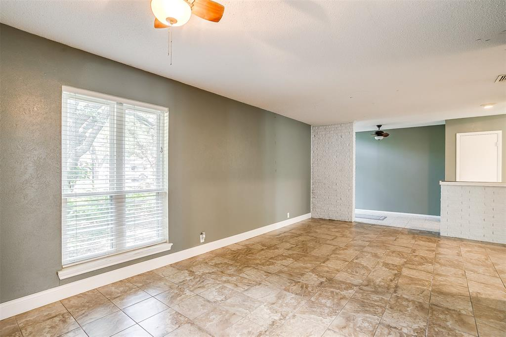 Pending | 1231 Crestwood Drive Cleburne, Texas 76033 8