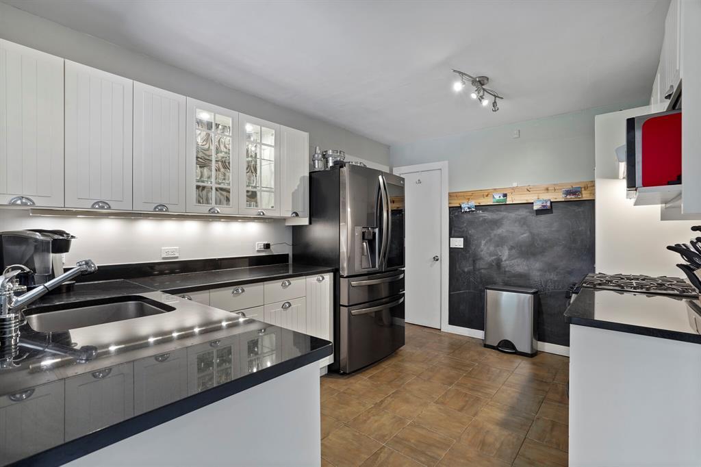 Sold Property | 3722 Park Lane Dallas, Texas 75220 13