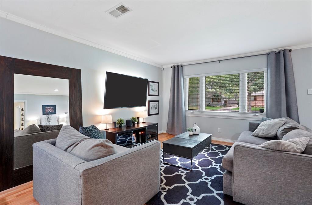 Sold Property | 3722 Park Lane Dallas, Texas 75220 4
