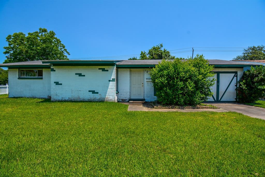 Off Market | 10107 Torrington Lane Houston, Texas 77075 2
