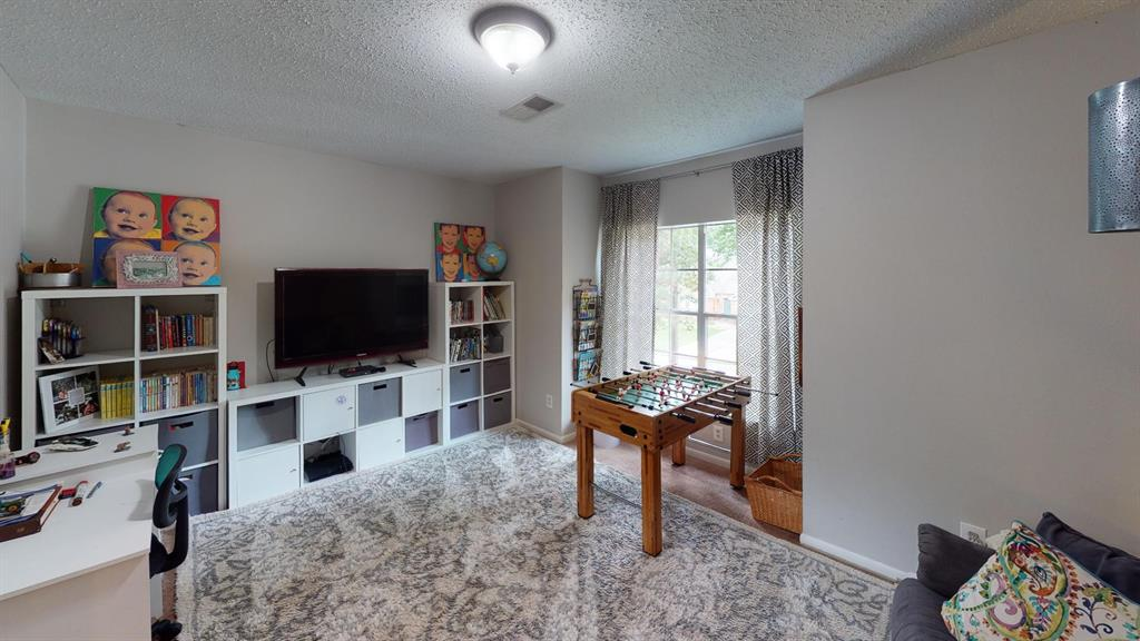 Off Market | 26 Summithill Place The Woodlands, Texas 77381 14