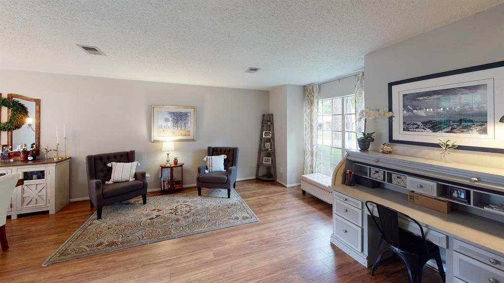 Off Market | 26 Summithill Place The Woodlands, Texas 77381 4