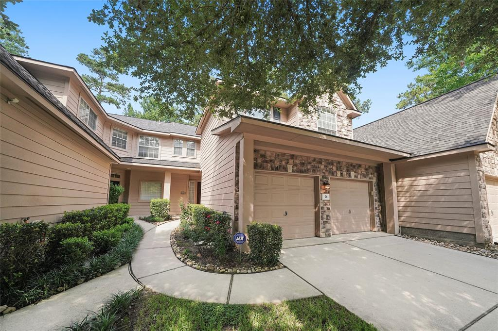 Pending | 26 Endor Forest Place The Woodlands, Texas 77382 1