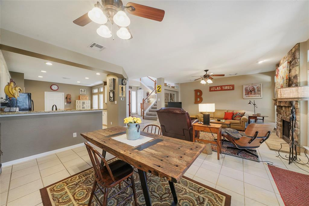 Pending | 26 Endor Forest Place The Woodlands, Texas 77382 19