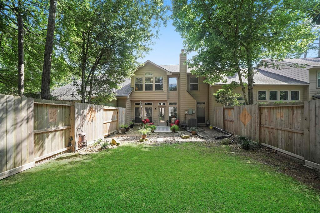 Pending | 26 Endor Forest Place The Woodlands, Texas 77382 32