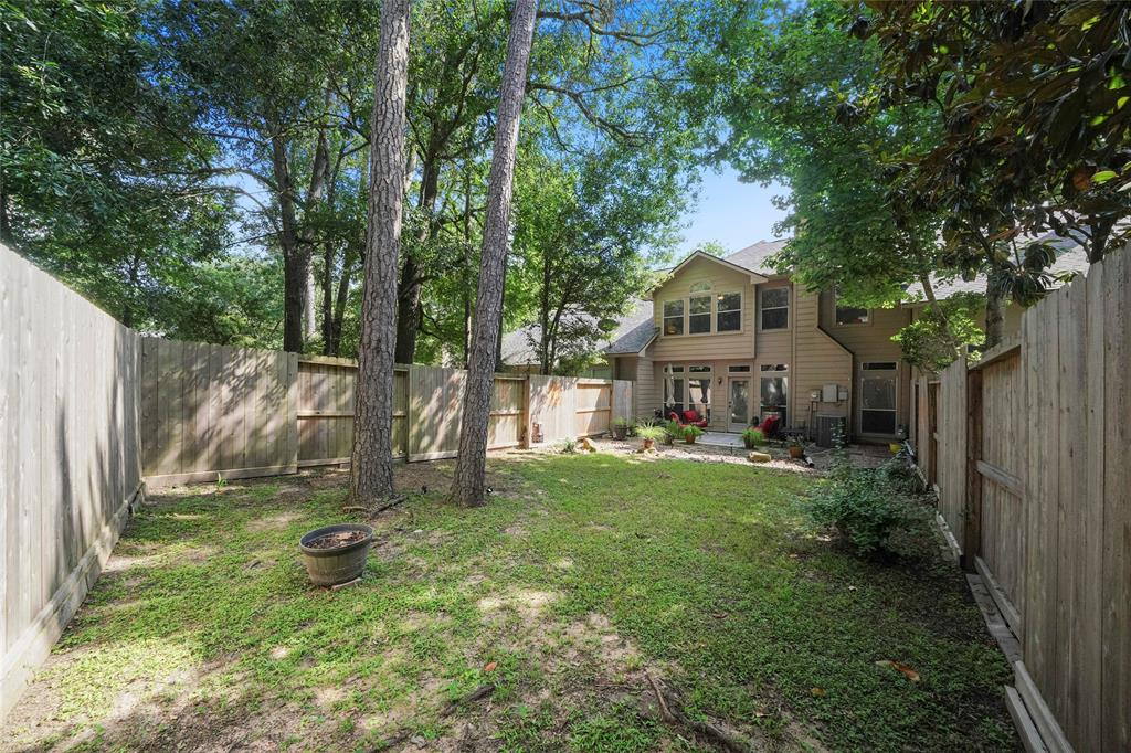 Pending | 26 Endor Forest Place The Woodlands, Texas 77382 34