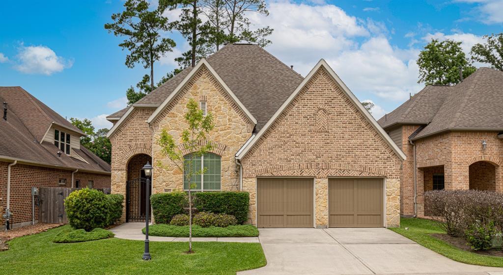 Pending   8851 Van Allen Drive The Woodlands, Texas 77381 0