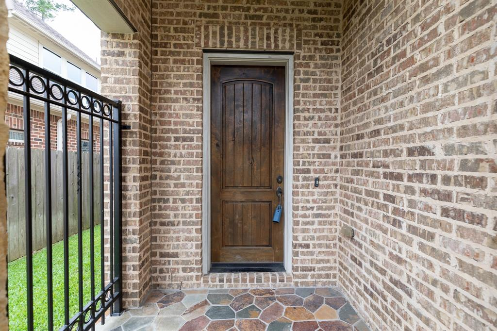 Pending   8851 Van Allen Drive The Woodlands, Texas 77381 6