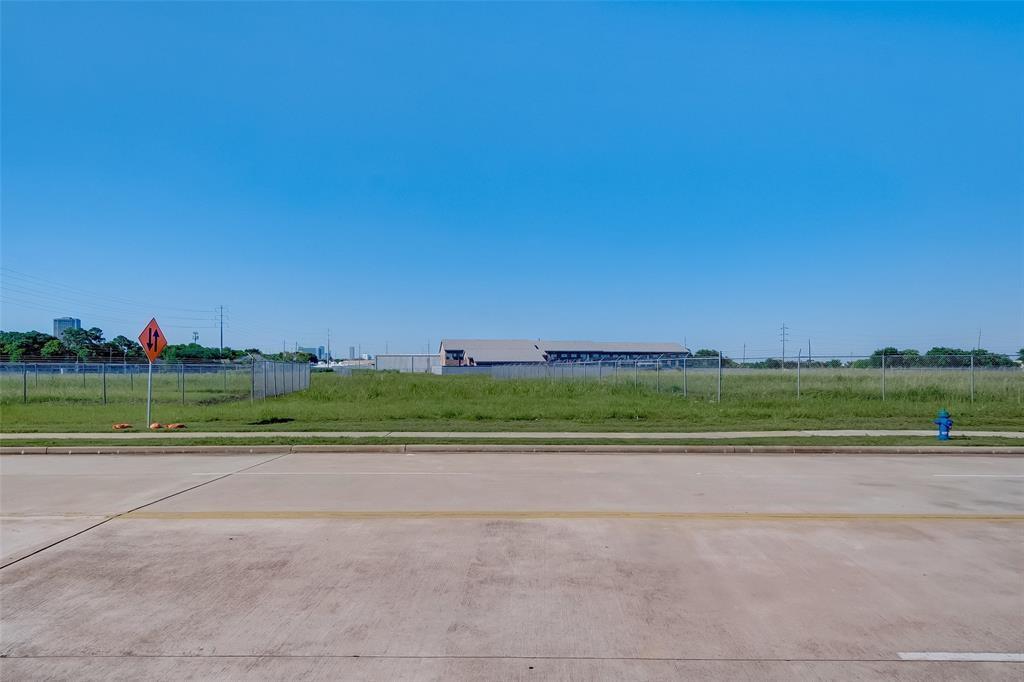 Active | 0 Myrtle Houston, Texas 77054 1