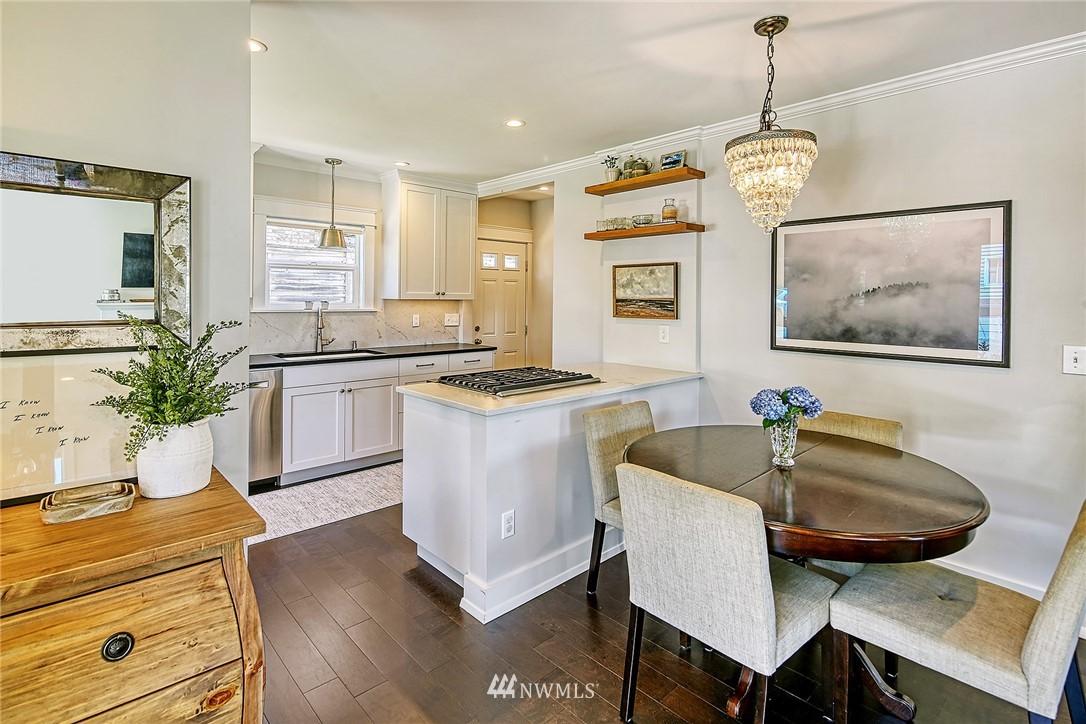 Sold Property   2917 W Boston Street Seattle, WA 98199 2