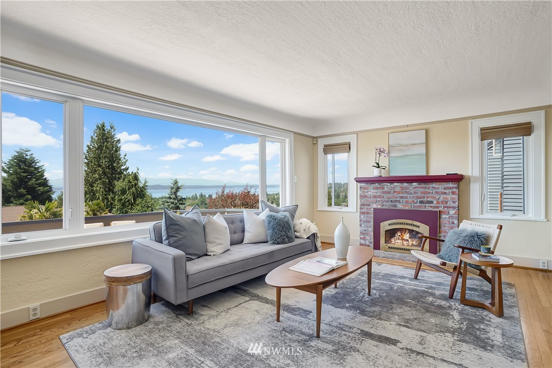 Sold Property | 6736 39th Avenue SW Seattle, WA 98136 7