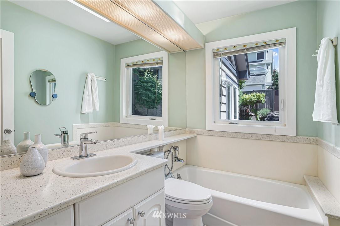 Sold Property | 6736 39th Avenue SW Seattle, WA 98136 14